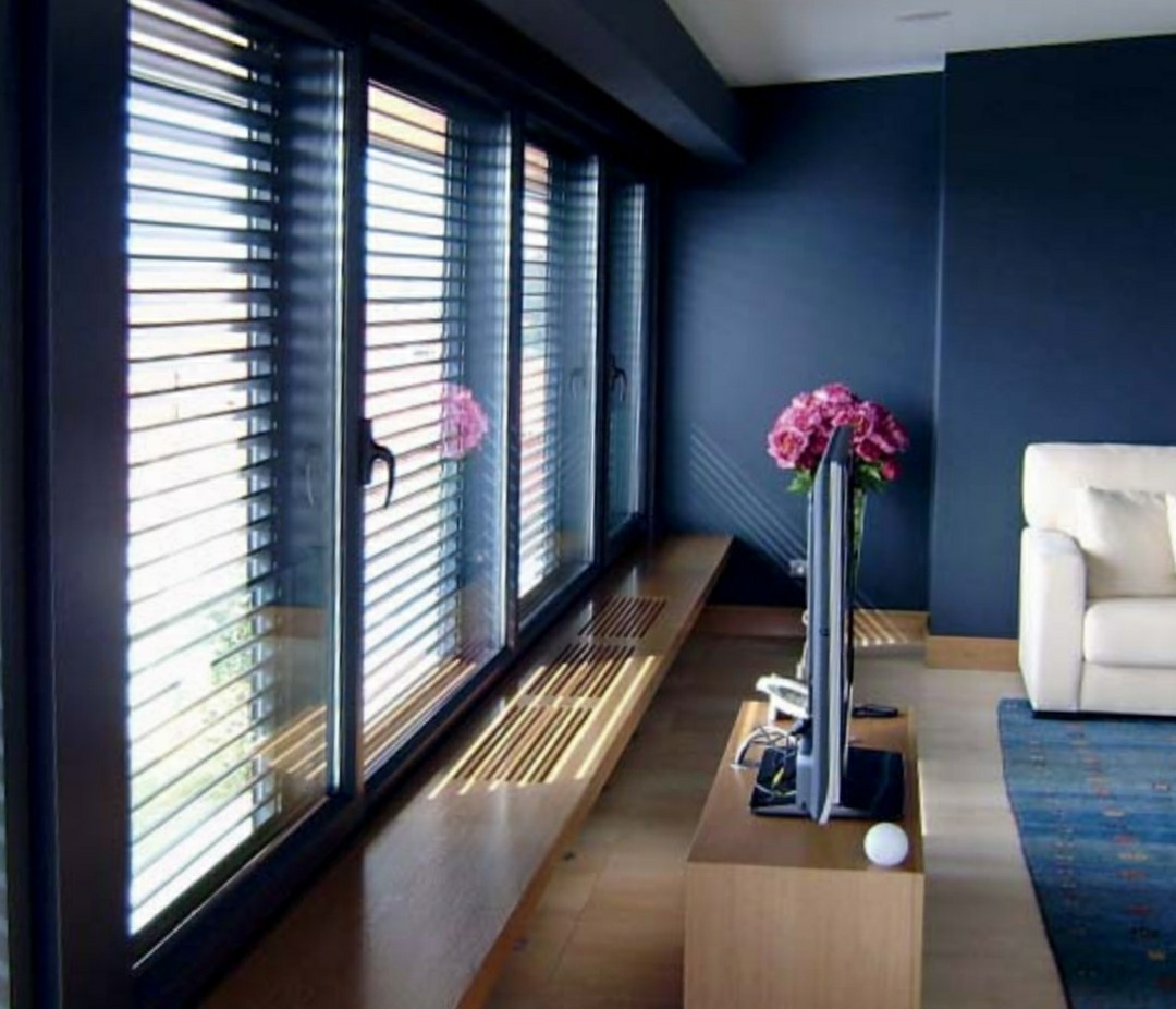 Tapparelle veneziane e frangisole montaggio e - Oscuranti per finestre prezzi ...