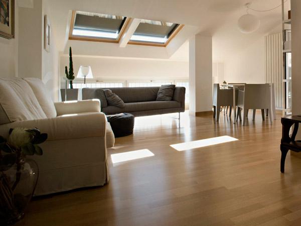 Finestre per tetto installazione lucernari e velux san for Infissi velux prezzi